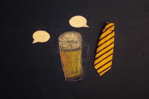ビールのイラストとネクタイ