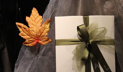 浮気相手の男性に贈る誕生日プレゼント5選【彼女より喜ばれる贈り方】