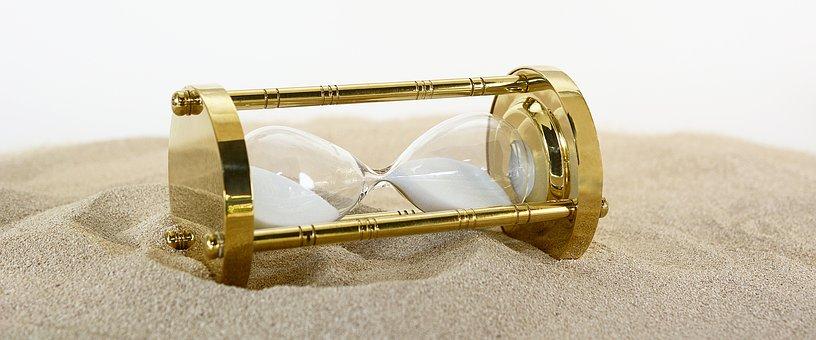 横向きに置いた砂時計
